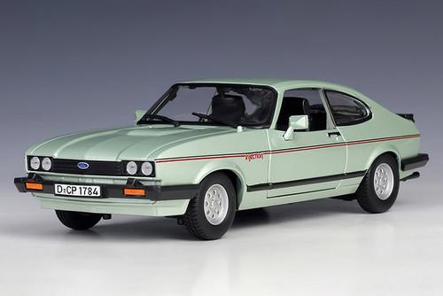 1982 Ford Capri, Green - Bburago 21093GN - 1/24 scale Diecast Model Toy Car