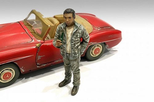 Auto Mechanic - Hangover Tom, Green - American Diorama 76360 - 1/24 scale Figurine - Diorama Accessory