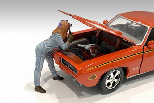 Retro Female Mechanic I, Blue - American Diorama 38344 - 1/24 scale Figurine - Diorama Accessory