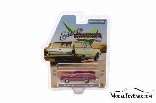 1976 Pontiac Grand LeMans Safari Wagon, Red - Greenlight 29970/48 - 1/64 scale Diecast Model Toy Car