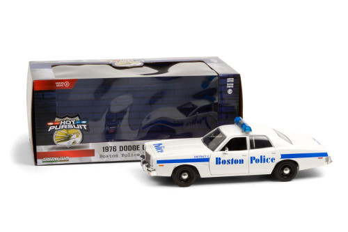 Boston Police Department 1976 Dodge Coronet, White and Blue - Greenlight 85521/12 - 1/24 scale Diecast Model Toy Car