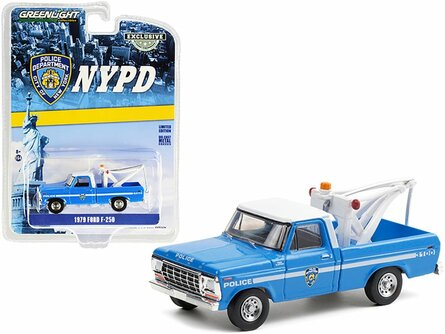 New York City Police Department 1979 Ford F-250 Tow Truck with Drop-In Tow Hook, Blue and White - Greenlight 30224/48 - 1/64 scale Diecast Model Toy Car