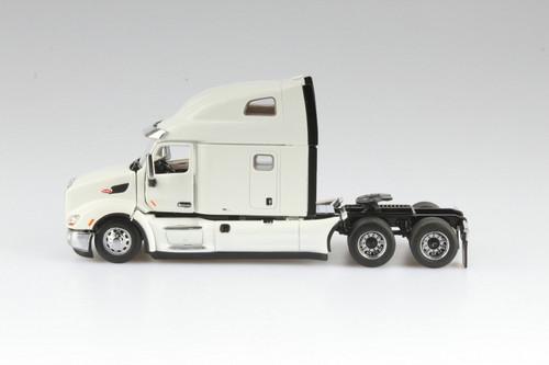 Peterbilt 579 UltraLoft Day Cab SBFA Truck Tractor, Pearl White - Diecast Masters 71072 - 1/50 scale Diecast Model Toy Car