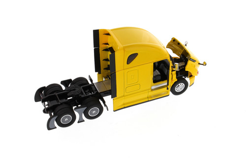 Freightliner New Cascadia SBFA Sleeper Cab Truck Tractor, Yellow - Diecast Masters 71031 - 1/50 scale Diecast Model Toy Car