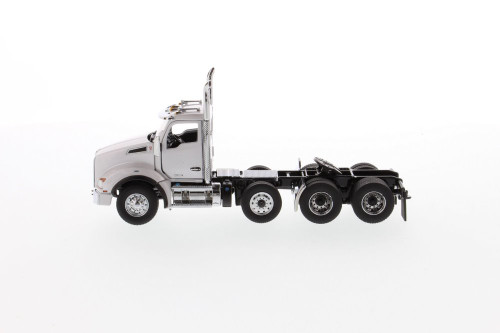 Kenworth T880 SBFA Daycab Pusher-Axle Tandem Tractor (Cab Only), White - Diecast Masters 71058 - 1/50 scale Diecast Model Toy Car