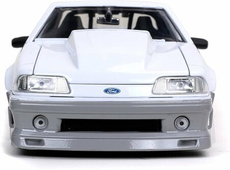 1989 Ford Mustang GT, White - Jada Toys 32668/4 - 1/24 scale Diecast Model Toy Car