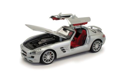 Mercedes-Benz SLS AMG, Silver - Maisto 31389SV - 1/18 scale Diecast Model Toy Car