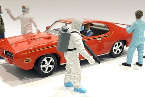 Hazmat Crew - Figure I, White - American Diorama 76367 - 1/24 scale Figurine - Diorama Accessory