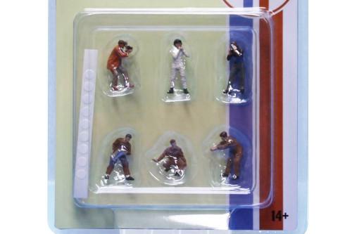 Race Day IFigure Set, Multi- American Diorama 76475MJ - 1/64 scale Figurine - Diorama Accessory