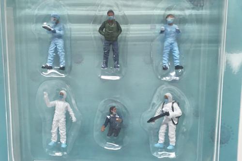 Hazmat Crew, Multi - American Diorama 76466MJ - 1/64 scale Figurine - Diorama Accessory