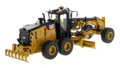Caterpillar 14M3 Motor Grader with Operator, Yellow - Diecast Masters 85545 - 1/50 scale Diecast Construction Vehicle