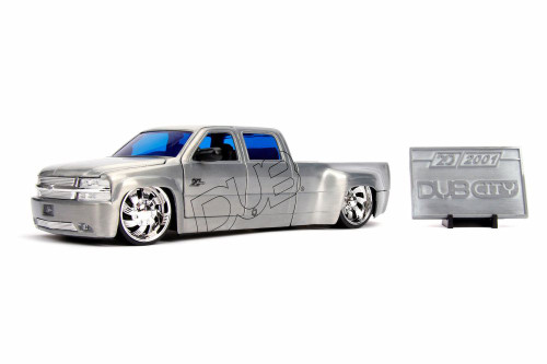 1999 Chevy Silverado Dooley Pickup Truck with Diecast Mosaic Tile, 20th Anniversary - Jada 31077 - 1/24 scale Diecast Model Toy Car