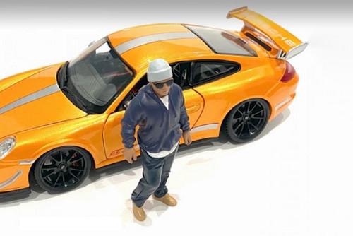 Car Meet 1 Figure IV, Blue - American Diorama 76380 - 1/24 scale Figurine - Diorama Accessory