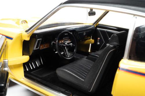 1969 Pontiac GTO Judge Hardtop, Yellow and Black - Auto World AMM1252 - 1/18 scale Diecast Model Toy Car