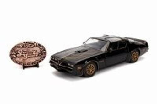 1977 Pontiac Firebird with Replica Belt Buckle, Smokey and the Bandit - Jada 30998 - 1/24 Scale Diecast Model Toy Car