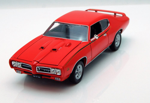 1969 Pontiac GTO, Maroon - Welly 22501 - 1/24 Scale Diecast Model Toy Car (Brand New, but NOT IN BOX)