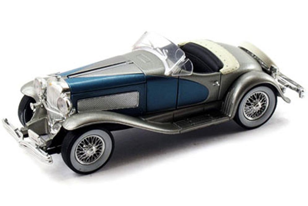 32318-sig-silver-1935-duesenberg-ssj-convertible-diecast-model-toy-car-az-55594.1603408211.jpg