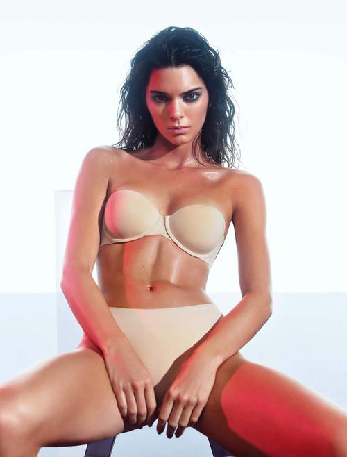 Calvin Klein Naked Glamour Strapless Multi-way Strapless Push Up Underwire Bra F3493