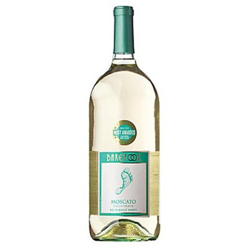 Barefoot Moscato Sweet White Wine - 1.5 L Bottle