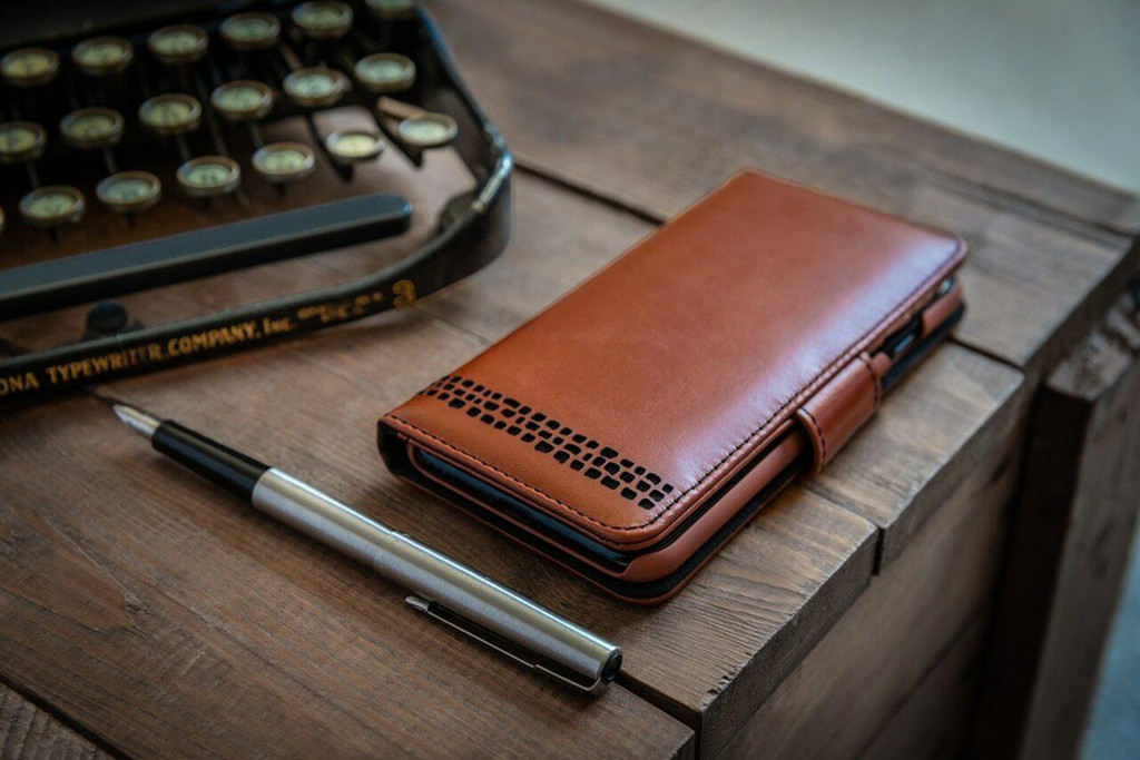 Ed Hicks iPhone 8 Real Leather Wallet Flip Phone Case Brown Apple