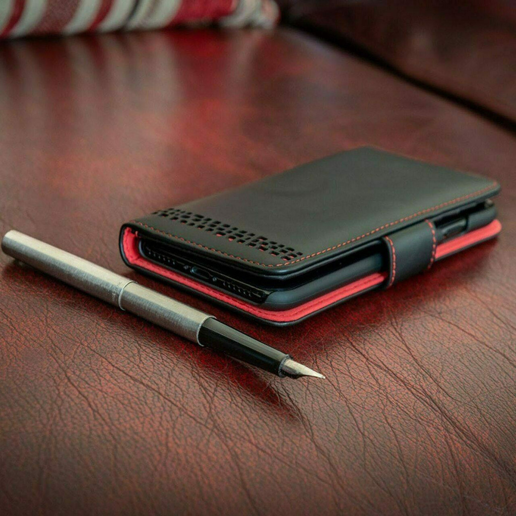 iPhone 13 Pro real Leather Magnetic Flip Phone Case