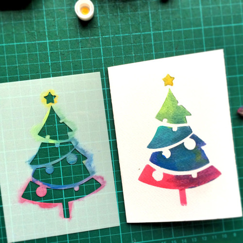 Christmas Greeting Card making using Xmas Tree Stencil