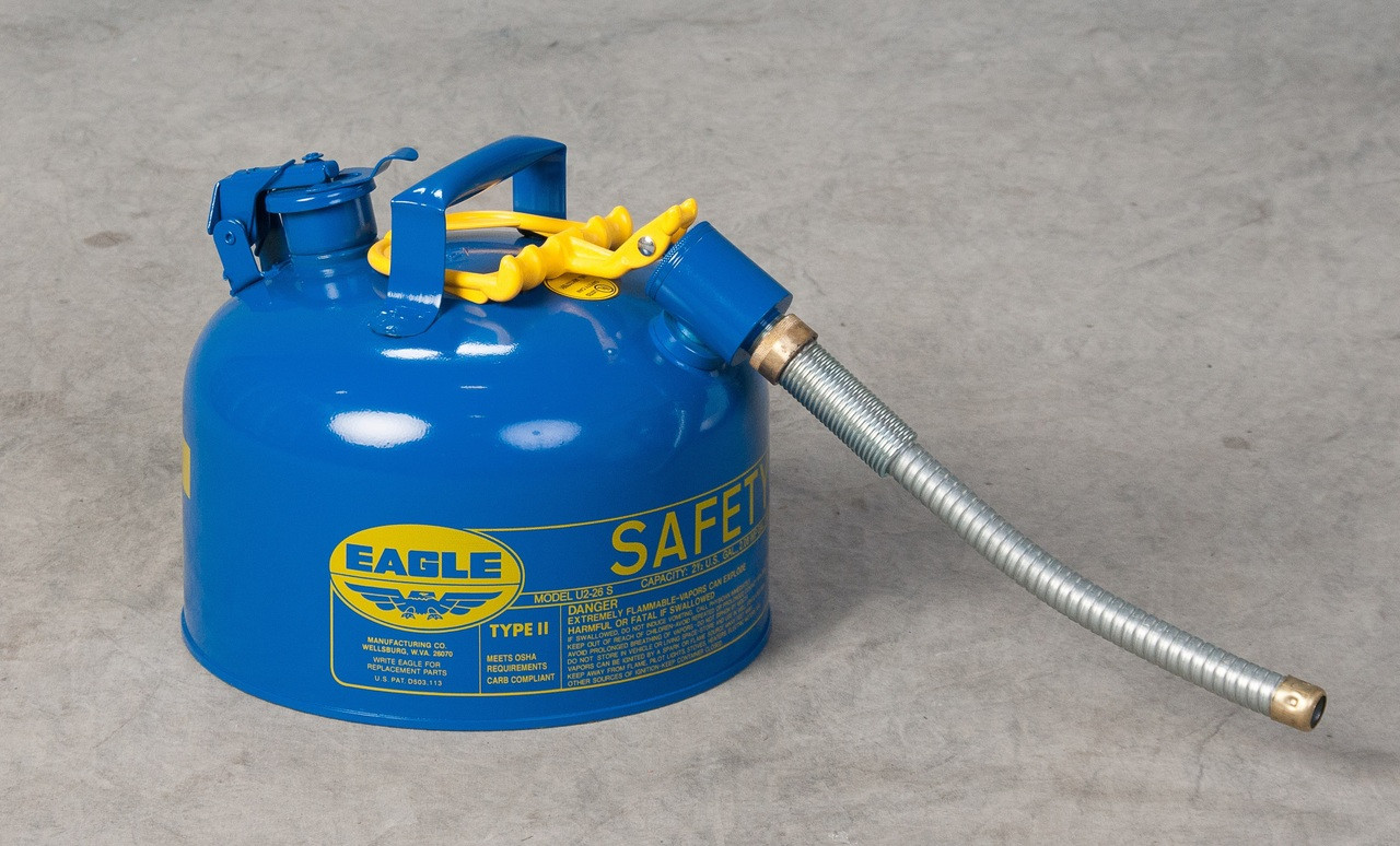 Eagle 2 Gallon Kerosene Safety Can with 5/8