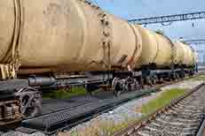 track-pan-composite-model-with-tanker-car-web.jpg