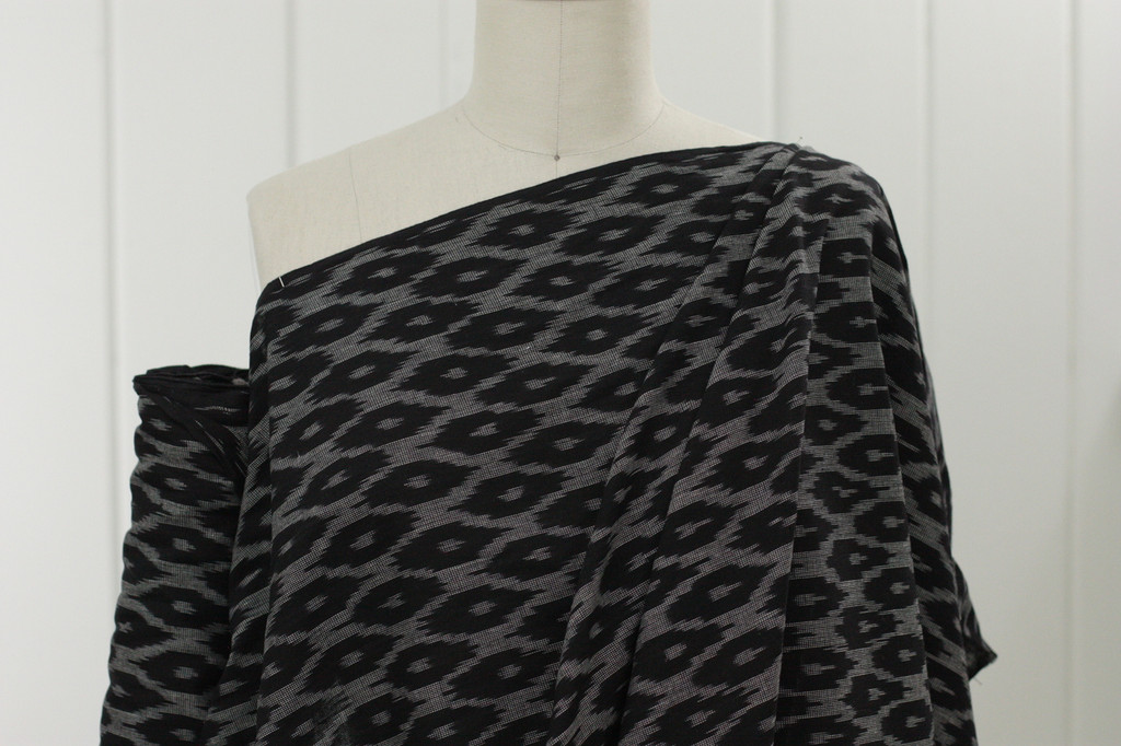 Black Diamond Ikat