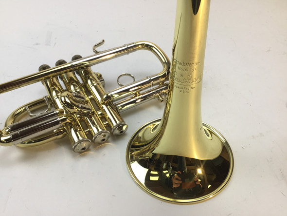 Used Bach 185 Bb Herald Trumpet (SN: 406197)