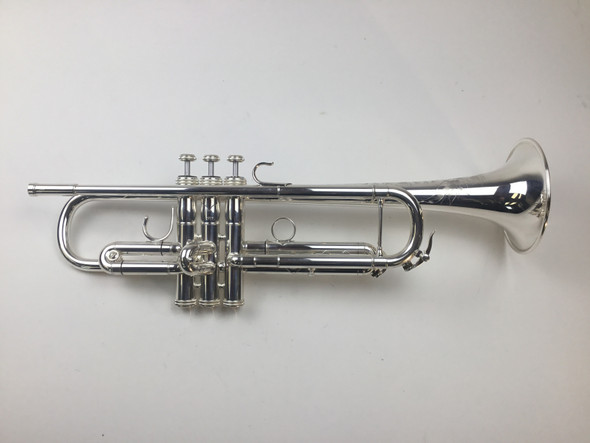 Used S.E. Shires Doc Severinsen Destino III (Med Bore) Bb Trumpet (SN: 2717)