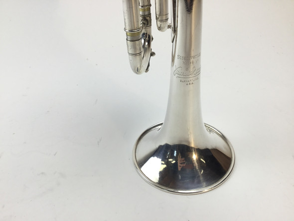 Used Bach 37 Bb Trumpet (SN: 388944)