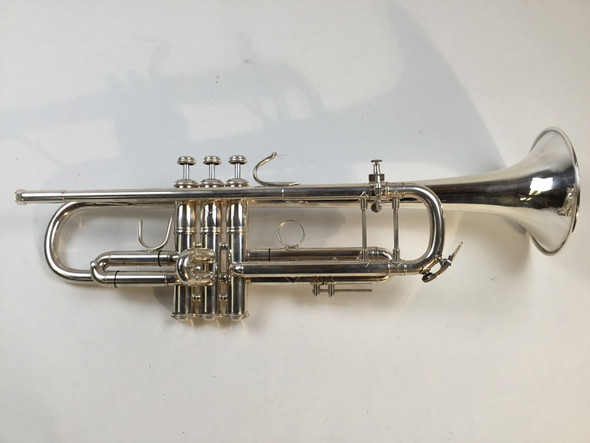 Used Bach 43 Bb Trumpet (SN: 657745)