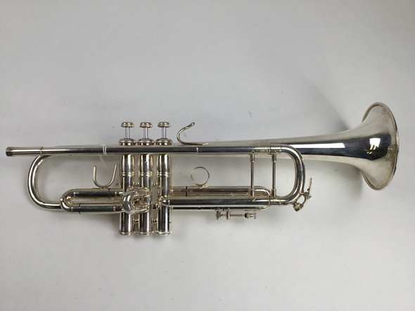 Used Bach 72 Bb Trumpet (SN: 685104)