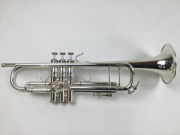 Used Bach 43 Bb Trumpet (SN: 265619)