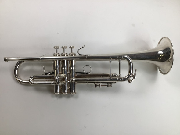 Used Bach 72 Bb Trumpet (SN: 739797)
