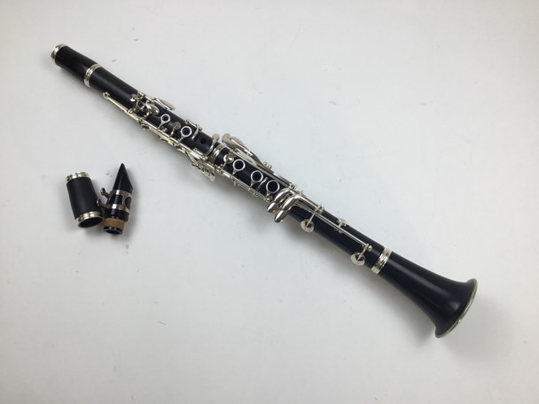 Used Buffet E11 Bb Clarinet (SN: 1063662)