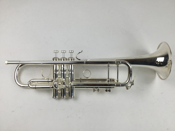 Used Bach 72 Bb Trumpet (SN: 685041)