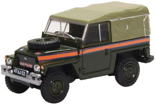 76LRL007 OO LAND ROVER LIGHTWEIGHT CANVAS RAF POLICE