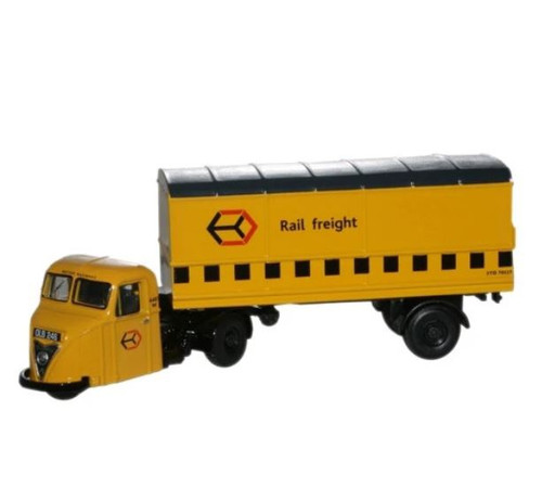 76RAB009 OO RAILFREIGHT YELLOW SCARAB