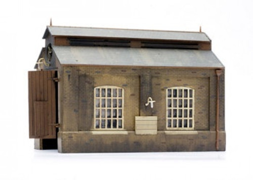 C007 OO ENGINE SHED PLASTIC KIT