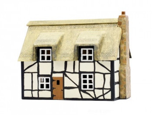 C020 OO THATCHED COTTAGE PLASTIC KIT