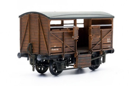 C039 OO CATTLE WAGON PLASTIC KIT