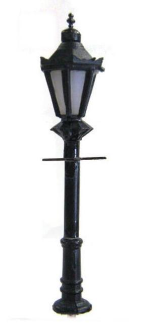 TSV250 N ORNATE GAS STREET LAMP (4)
