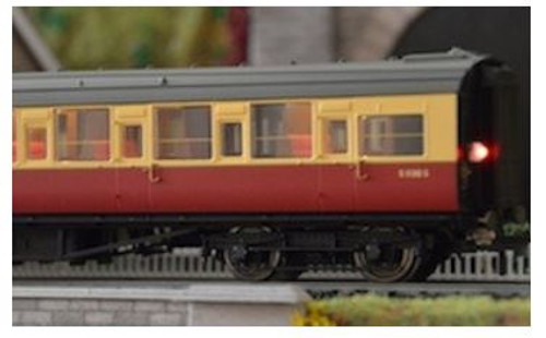 TTCN22 N WARM WHITE COACH LIGHTING WITH FLICKERING TAIL