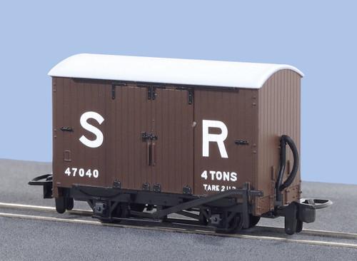 GR-221E OO9 47040 SR VAN