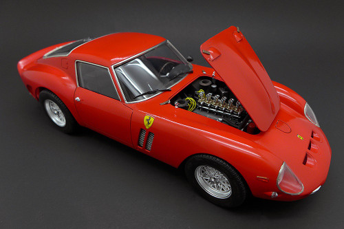 F123370 1/24 FERRARI 250 GTO PLASTIC KIT