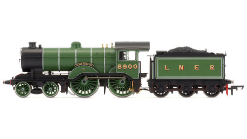 R3433 OO 8900 4-4-0 D16/3 LNER LINED GREEN CLAUD HAMILTON