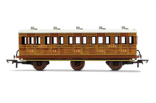 R40082A OO 4142 6W 3RD CLASS LNER TEAK