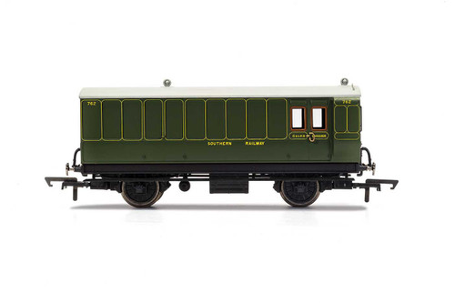 R40088 OO 762 4W BRAKE/BAGGAGE SR MAUNSELL GREEN